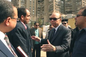 محافظ القاهرة: غلق منطقة البورصة بالكامل بشكل تدريجى أمام حركة السيارات