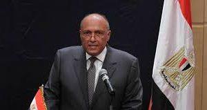 مصر تدفع بمساعدات إنسانية ومواد إغاثة لغزة واستمرار فتح معبر رفح لعبور الأفراد