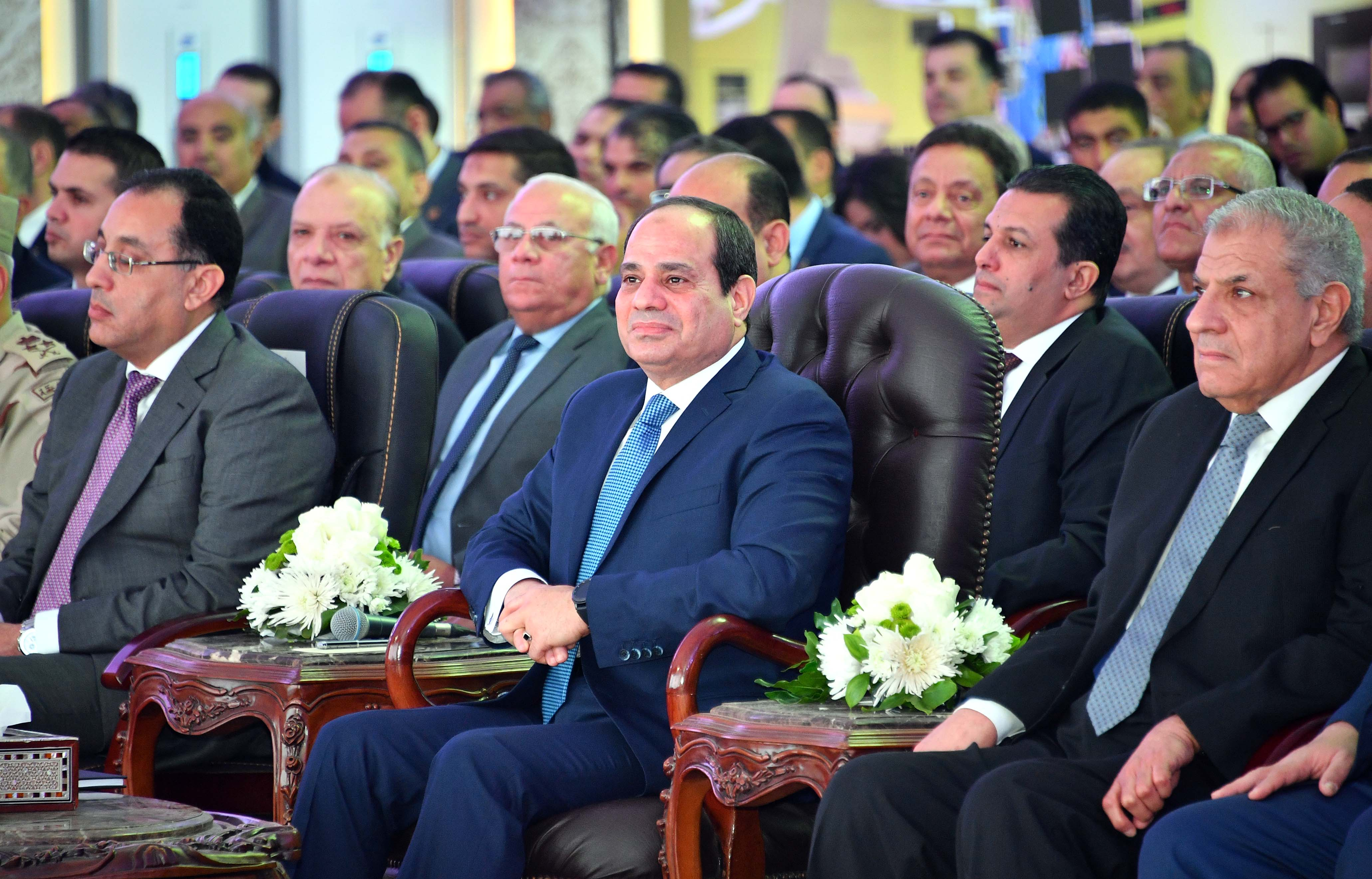 """Photo of الرئيس يتلقى اتصالاً من """"ماكرون"""" لتعزيز العلاقات بين مصر وفرنسا"""