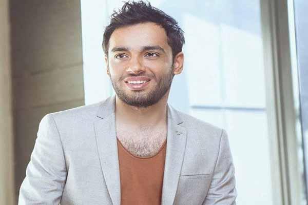 Photo of رامى جمال يشوق جمهوه لأغنيته الجديدة.. ماذا فعل؟!