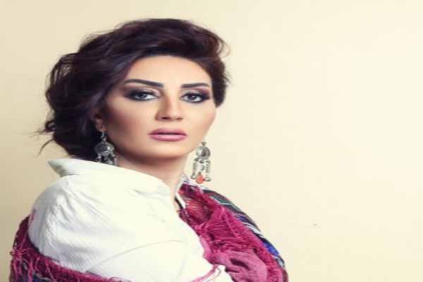 Photo of بالفيديو.. وفاء عامر تكشف سر اصطحاب نجلها في مهرجان الجونة