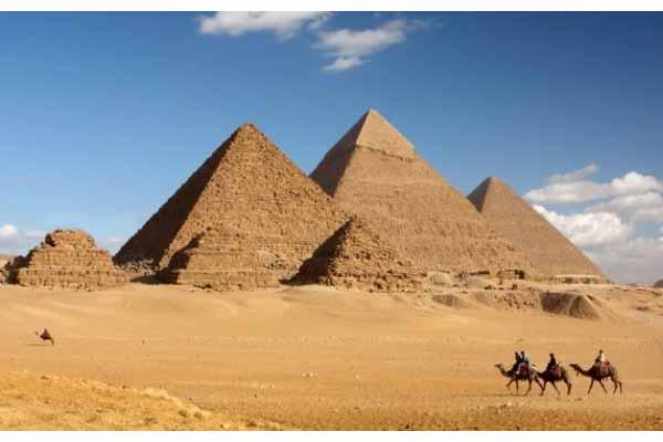 Photo of نرصد 10 معلومات عن مبادرة «طوف وشوف» من وزارة السياحة