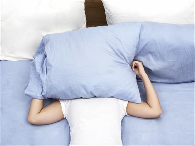 تغطية رؤوسنا أثناء النوم
