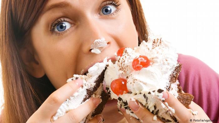 تناول كميات كبيرة من السكريات