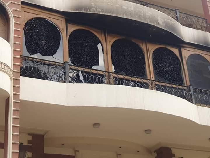 صور لمنزل إيهاب توفيق بعد الحريق