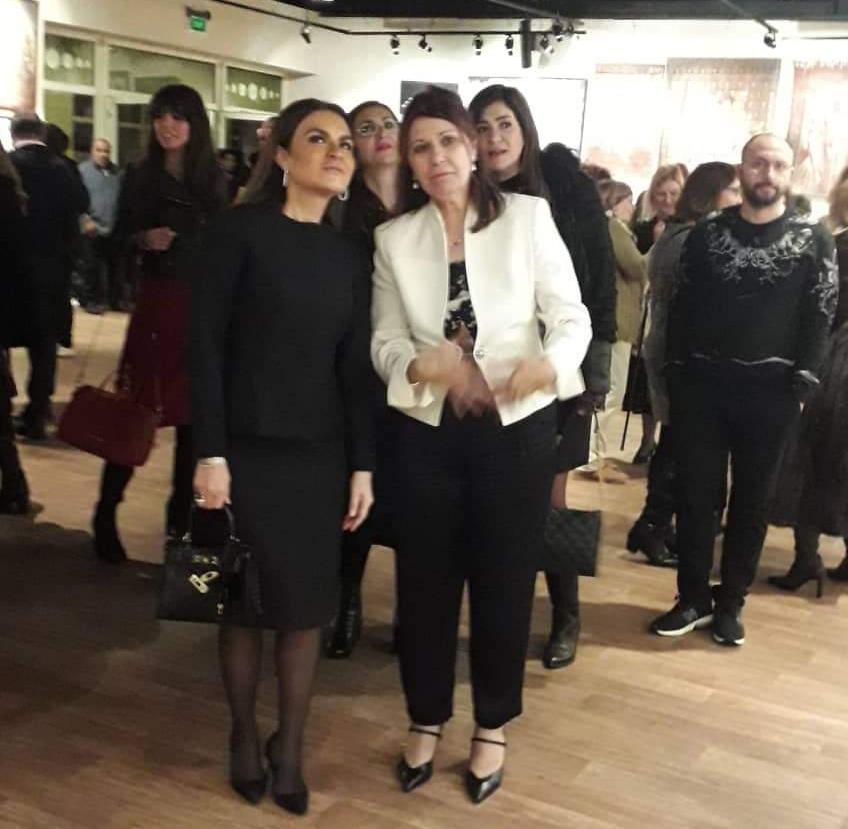 مشاركة الدكتور سحر نصر في افتتاح معرض ألوان حرة بالهناجر