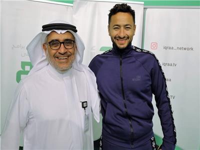 حمادة هلال خلال زيارته لاستوديوهات قناة اقرأ