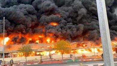 Photo of شاهد.. حريق مروع في سوق عجمان في الإمارات