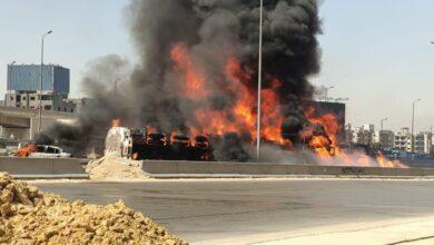 Photo of صور مرعبة.. تصادم سيارتين يُشعل النيران في 7 سيارات على الطريق الدائري
