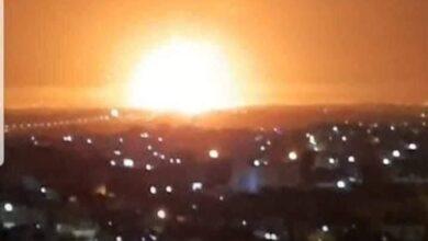 Photo of فيديو حريق جديد.. انفجار مستودع ذخيرة يهز مدينة الزرقاء في الأردن