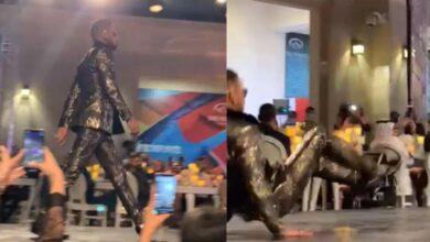 Photo of شاهد بالفيديو.. لحظة سقوط محمد رمضان على خشبة مسرح بدبي