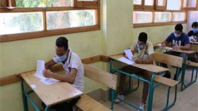 Photo of قرارات جديدة من «التربية والتعليم» بشأن امتحانات الثانوية العامة والدبلومات الفنية.. تعرف عليها