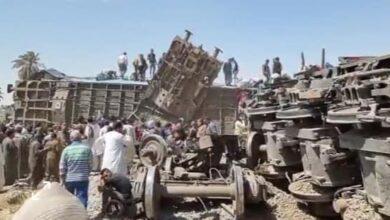 Photo of إصابة 50 شخص حتى الآن في حادث تصادم قطاري سوهاج