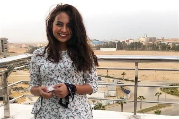 فتاة الفستان جامعة طنطا