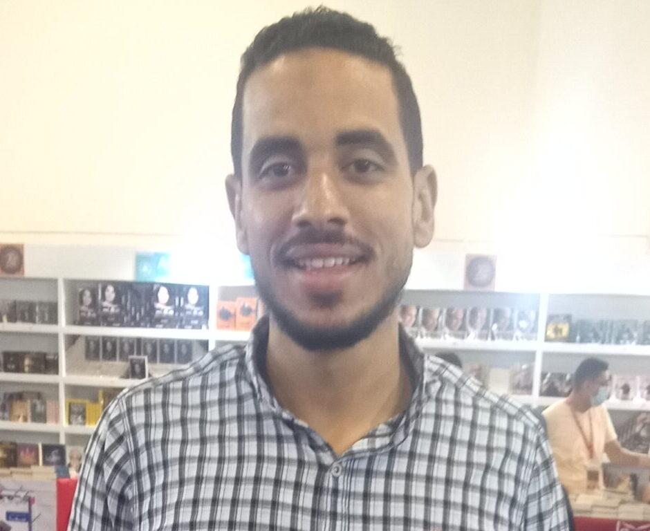 الكاتب الصاعد عمرو الشرقاوي