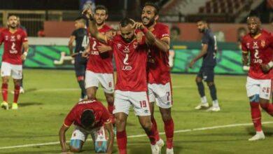 Photo of الأهلي يفوز على إنبي ويواصل ملاحقتة للزمالك