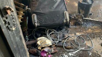 Photo of بالصور.. حريق يلتهم بعض أجزاء من منزل الفنان شريف منير والبسبب «سيجارة»