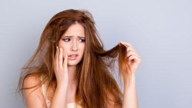 Photo of أطباء جلدية توضح المشاكل التي تواجه الشعر أثناء تقلبات الجو ونصائح لتجنب حدوثها