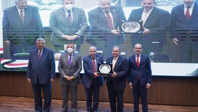 Photo of عكاشة: 8.2 مليار جنيه مساهمات البنك الأهلي في مجالات المسئولية المجتمعية خلال 6 سنوات