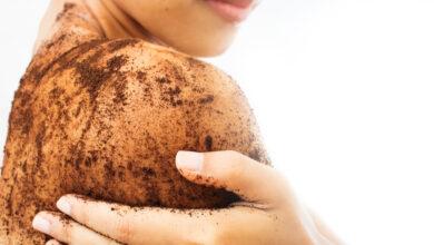 Photo of للحصول على بشرة لامعة ومتجددة.. وصفات طبيعية لصنفرة الجسم «تعرفي عليهم»